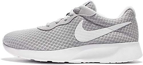Nike WMNS Tanjun Women's Sneakers, Gray (Wolf Gray / White), 38 EU