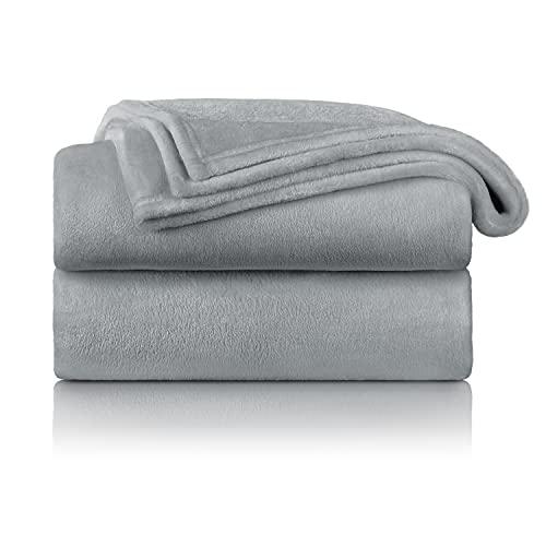 Blumtal Flauschige Kuscheldecke – hochwertige Wohndecke, super weiche Fleecedecke als Sofaüberwurf, Tagesdecke oder Wohnzimmerdecke, 130 x 150 cm, Grau