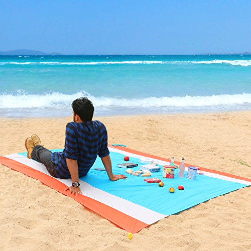 WolfWise 210 x 270 cm XXL beach blanket, sand-free picnic blanket, camping blanket, beach towel, made of soft nylon with pocket and 4 posts, waterproof, quick-drying, ...