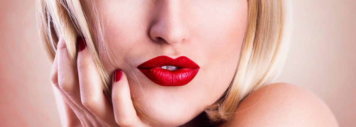 lippenstift matt bestseller 2018 die besten lipgloss matt im test vergleich im oktober 2018. Black Bedroom Furniture Sets. Home Design Ideas