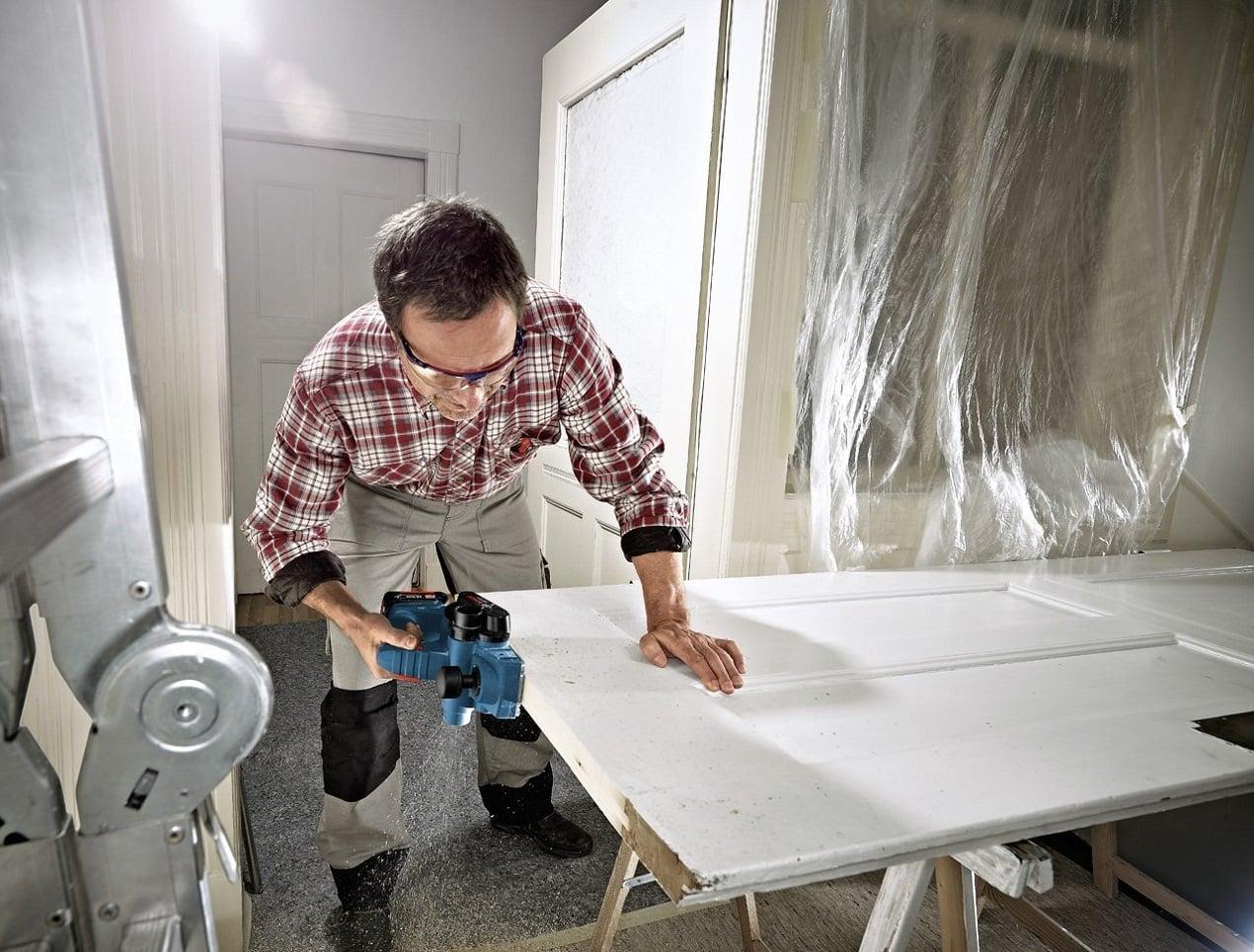 hobel akku bestseller 2018 elektro hobeln test die besten im vergleich im august 2018. Black Bedroom Furniture Sets. Home Design Ideas