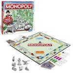Brettspiele Monopoly Classic, Gesellschaftsspiel für Erwachsene & Kinder, Familienspiel, der Klassiker der Brettspiele, Gemeinschaftsspiel für 2 - 6 Personen, ab 8 Jahren